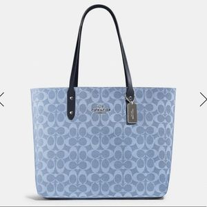 Coach Bags - Coach Town Tote In Signature Canvas